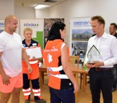 Odovzdávanie putovného pohára víťazom Komárno Rescue 2015